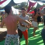 biodanza-oceano-que-danza-jovenes